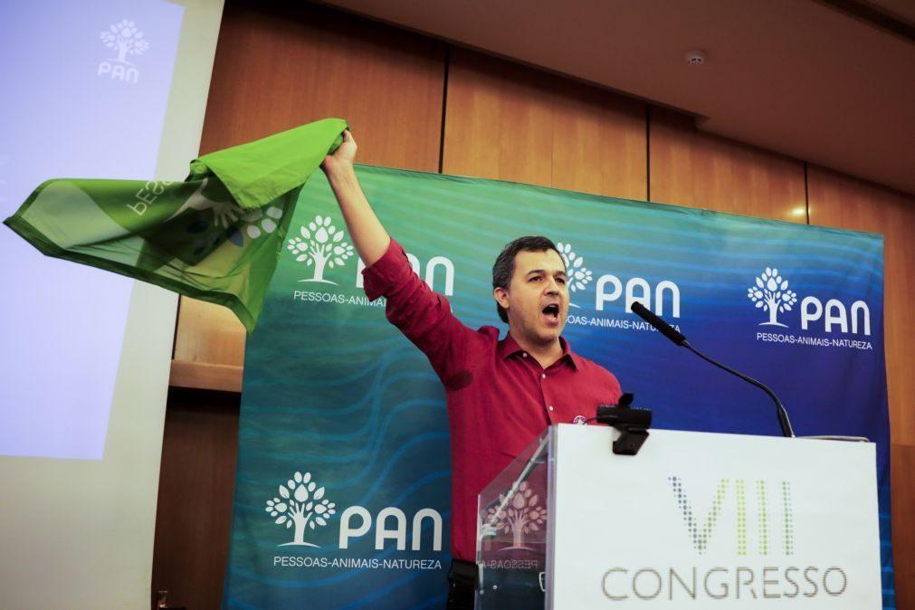 PAN/Congresso: André Silva deixa apelo para que partido se mantenha fora