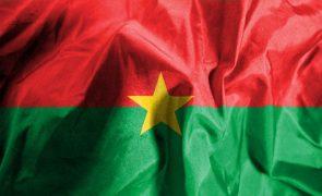 Mais de cem mortos no ataque mais mortal no Burkina Faso desde 2015