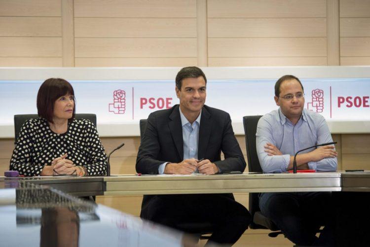 Óbito/Soares: PSOE considera ex-presidente cúmplice do projeto democrático espanhol