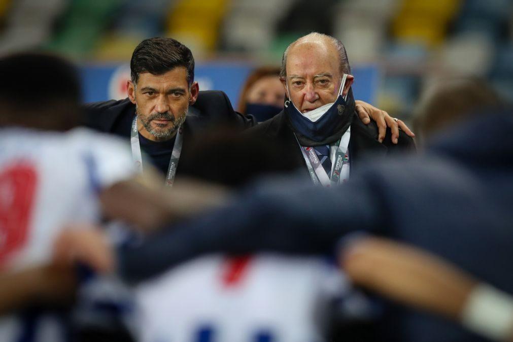 Pinto da Costa garante que Sérgio Conceição «não vai ganhar nem mais um cêntimo»