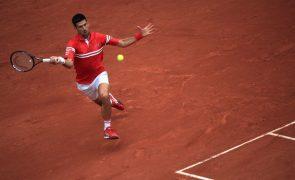 Roland Garros: Novak Djokovic qualifica-se para os oitavos de final