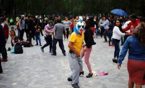 Covid-19: México com 186 mortes e 2.649 casos em 24 horas