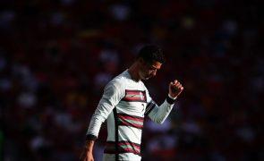 Euro2020: Um 'mísero' golo é o que Ronaldo precisa para deixar para trás Platini