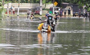 Número de mortos no Sri Lanka por causa da chuva das monções sobe para 14