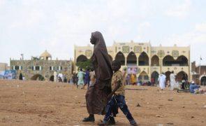 Balanço de mortos em ataques no noroeste da Nigéria sobe para 88