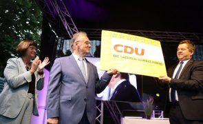 CDU de Angela Merkel obtém vitória clara sobre a extrema-direita em eleição regional