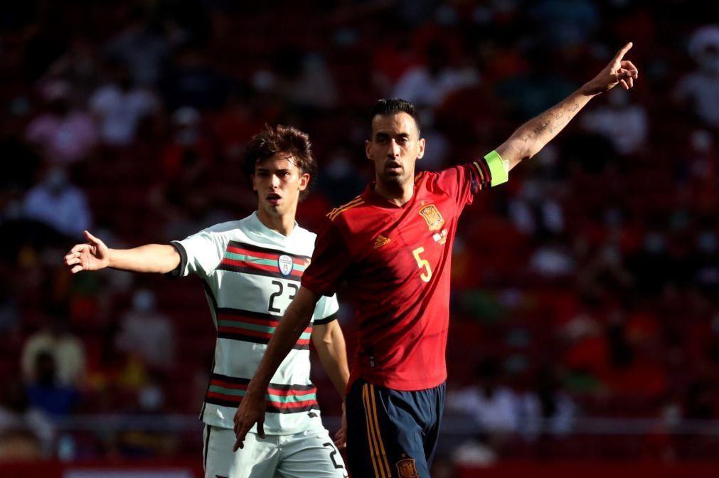 Busquets testa positivo para a covid-19 dois dias após o jogo com Portugal