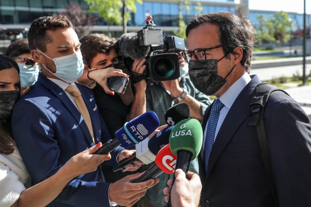Advogado de Ricardo Salgado diz que tribunal deve apreciar contestação antes do julgamento