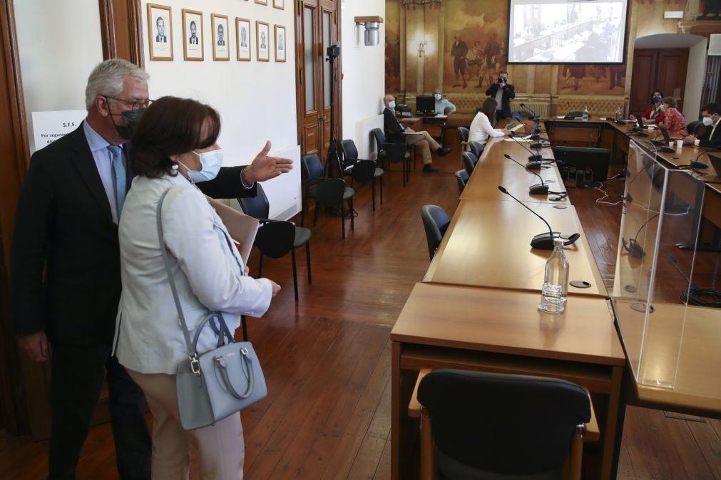 Novo Banco: Documento da CMVM sobre resolução do BES 'adia' audição de Carlos Tavares