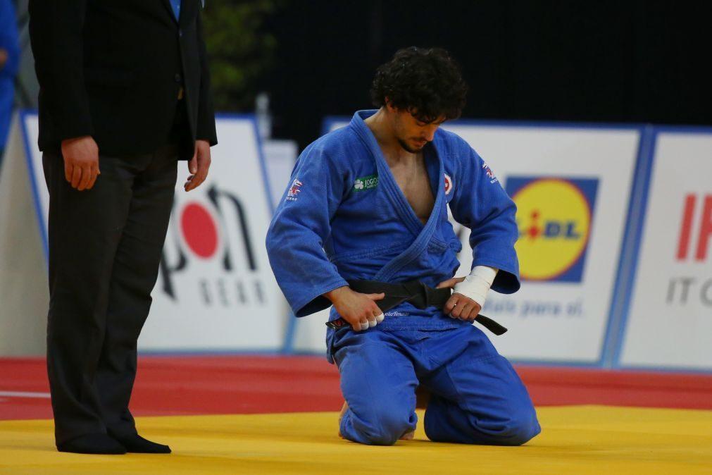 Judo/Mundiais: João Fernando eliminado nos segundos finais do combate de estreia
