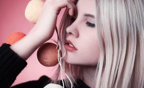 Estes são os ingredientes naturais que tornam o cabelo mais forte e brilhante!