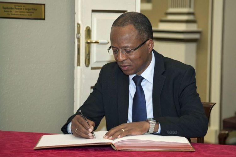 Óbito/Soares: Cabo Verde perde um grande amigo -- primeiro-ministro
