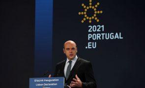 Covid-19: Portugal recebe na próxima semana primeiros estrangeiros com certificado de vacinação