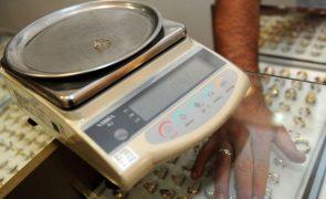Brasil quer impedir comércio de ouro ilegal para proteger indígenas e consumidores