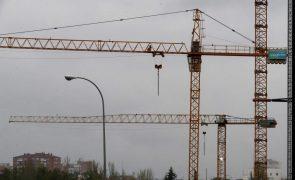 Produção na construção com 1.º aumento do ano de 3,2% em abril