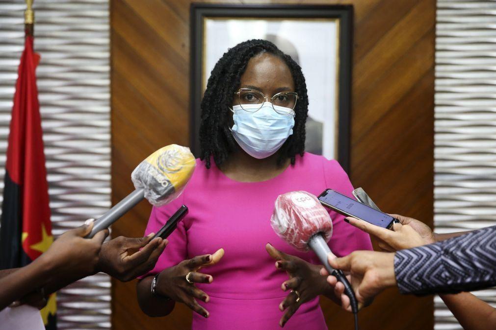 Angola não vai aos mercados este ano e admite novo programa com FMI - Vera Daves