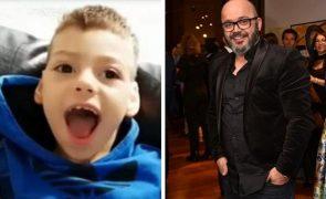 Fernando Rocha Ajuda família de menino com paralisia cerebral: