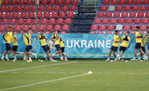 Euro2020: UEFA determina que Ucrânia retire apenas uma das frases da camisola