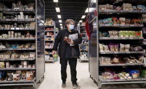 Covid-19: Dinamarca elimina máscaras em espaços interiores e alarga horário na restauração