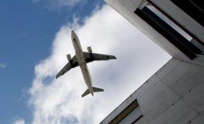 Companhias áreas reivindicam fim de restrições no verão na União Europeia