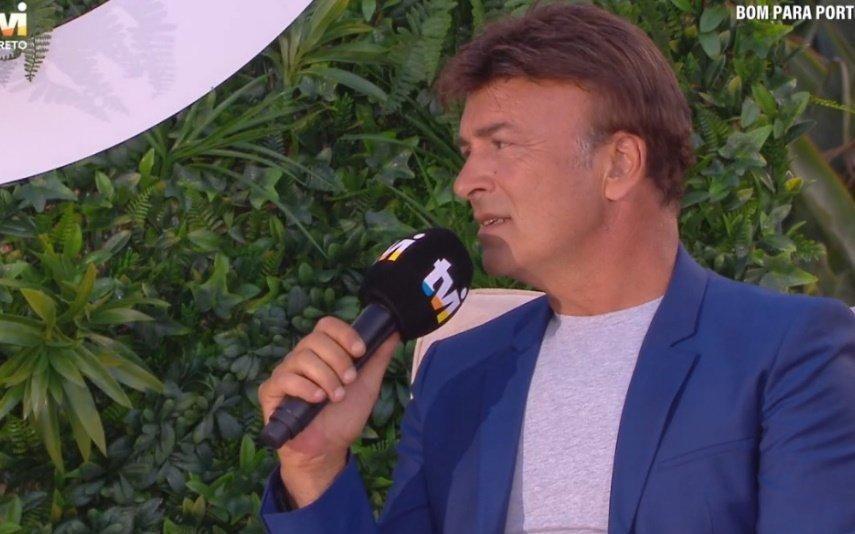 Em direto na TVI, Tony Carreira pedem para tirarem música da filha