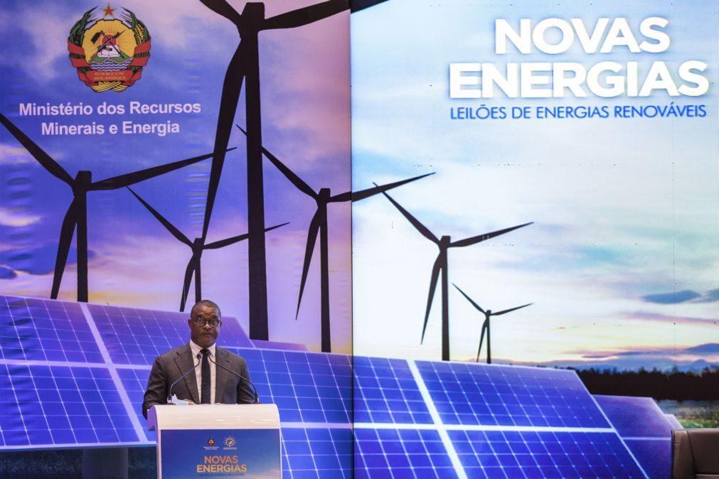 Governo moçambicano conta com energias renováveis para expansão da rede elétrica
