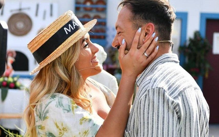 Zena Pacheco e André Abrantes Casal oficializa noivado e vencedora do