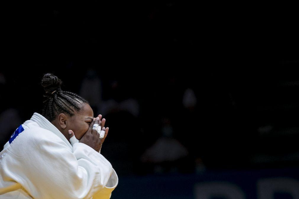 Judo/Mundiais: Rochele Nunes perde no primeiro combate da categoria de +78 kg