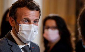 Brexit: Macron insiste com Reino Unido para respeitar acordo se quer melhorar relacionamento