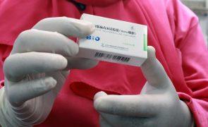 Covid-19: Cabo Verde recebe donativo chinês de 50 mil vacinas e 51.200 seringas