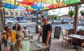 Falta de mão-de-obra nos restaurantes no Canadá limita reabertura