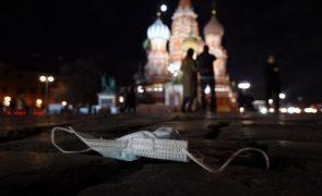 Covid-19: Casos aumentaram 47% numa semana na Rússia