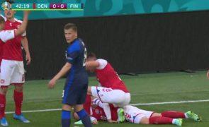 Euro2020: Christian Eriksen cai inanimado no relvado [vídeo]