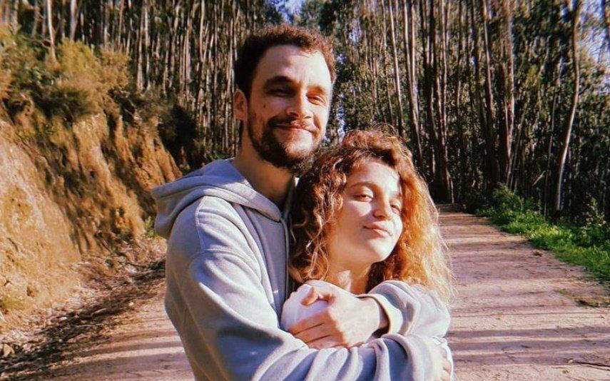 Bruna Quintas e Guilherme Moura mostram pela primeira vez o rosto da filha recém-nascida
