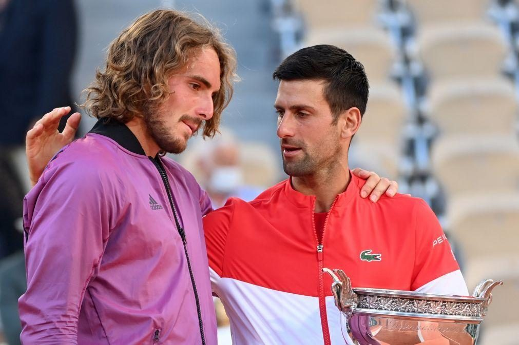 Djokovic consolida liderança e Tsitsipas alcança melhor 'ranking' da carreira