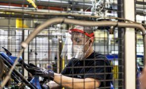 Produção industrial sobe cerca de 39% na zona euro e UE em abril