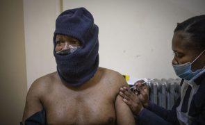 Covid-19: África com mais 340 mortes e 15.538 infetados nas últimas 24 horas