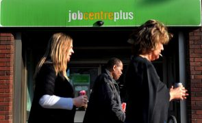 Taxa de desemprego no Reino Unido cai para 4,7%
