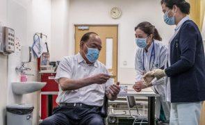 Covid-19: Macau recebe novo carregamento de vacinas da Pfizer/BioNTech no fim de semana