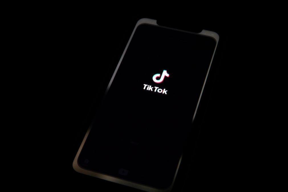 Um quinto dos utilizadores do TikTok passa 5 horas diárias ligado a esta rede social
