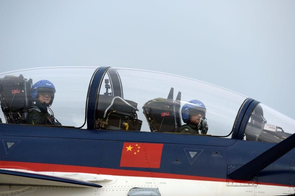 China envia número recorde de jatos de combate em direção a Taiwan