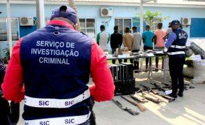 Covid-19: Polícia angolana deteve grupo que falsificava cartões de vacinas