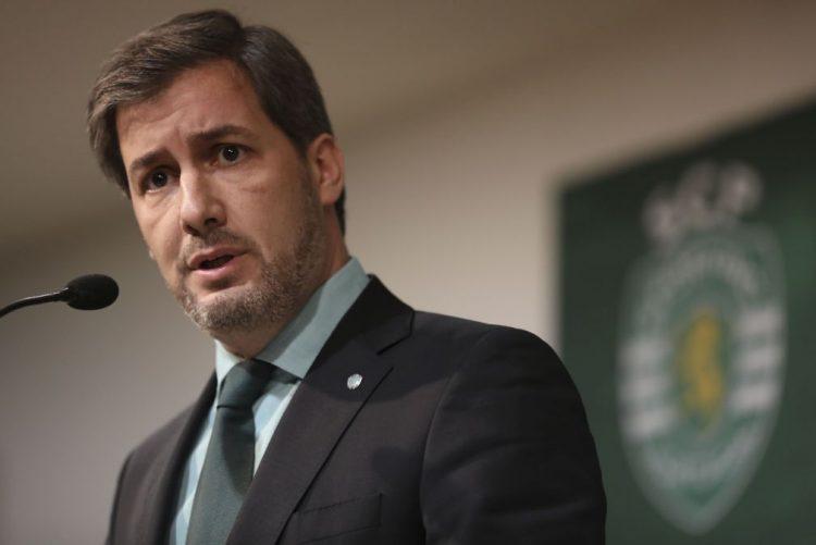 Bruno de Carvalho diz que clube não vai