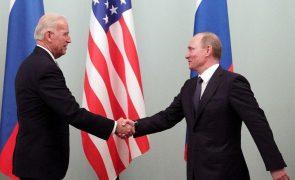 Biden e Putin reúnem-se hoje em Genebra em busca de relação