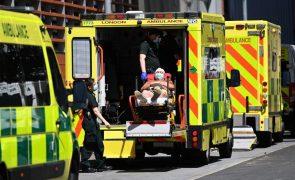 Covid-19: Hospitalizações no Reino Unido aumentaram 41% numa semana
