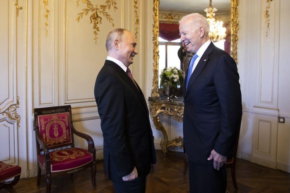 Biden e Putin declaram compromisso com a segurança estratégica