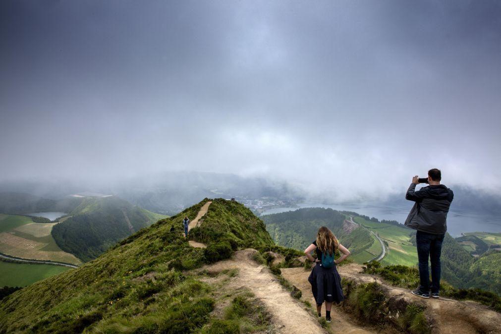 Turistas começam a chegar a São Miguel atraídos por