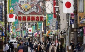 Covid-19: Japão levanta estado de emergência em grande parte do país no domingo