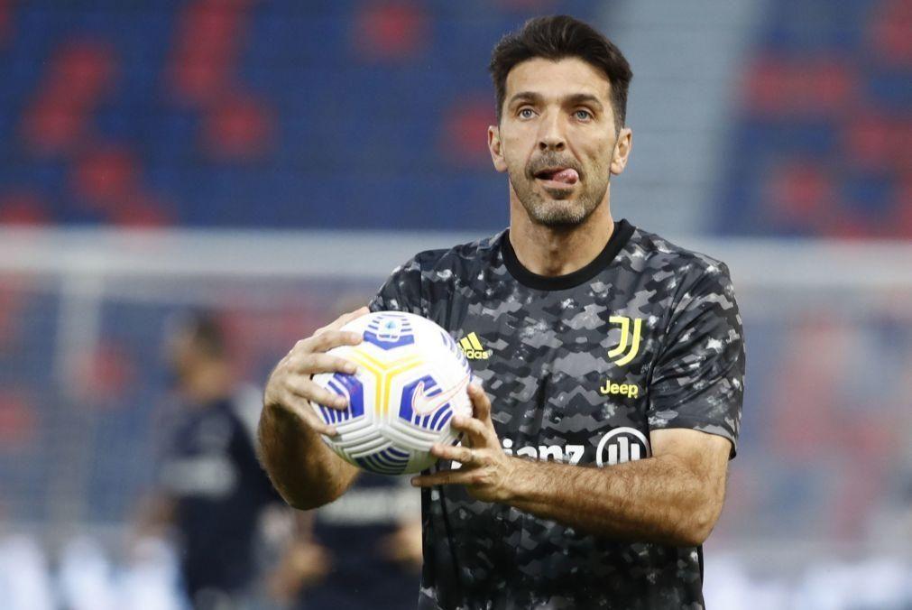 Guarda-redes Gianluigi Buffon vai jogar pelo Parma na Série B