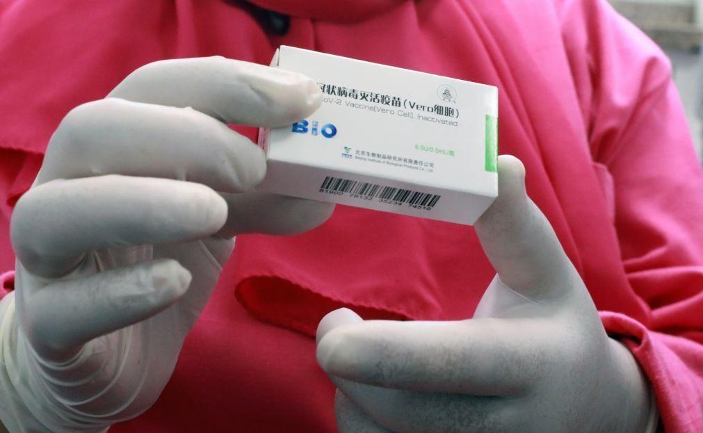 Covid-19: China envia 500 mil doses de vacina para a Guiné Equatorial